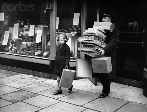Vintage Holiday Photos: A Look Back At Christmas In NYC