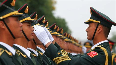 China's military plans new system for officers' ranks