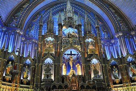 10 Top-Rated Tourist Attractions in Old Montreal | PlanetWare
