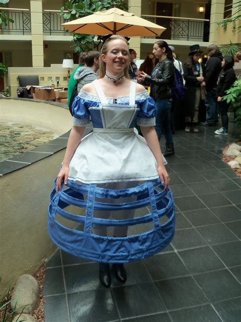 sewing to distraction: Steampunk Alice in Wonderland