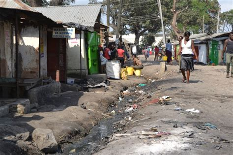 An African slum lacked cash, so people made their own
