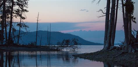 Yellowstone Lake - Yellowstone National Park (U