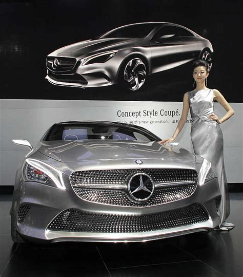 Iconic images capture the beauty of Mercedes-Benz - Rediff