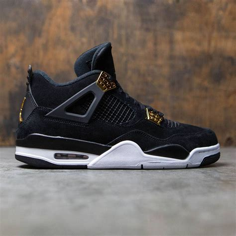 Jordan Men Air Jordan 4 Retro (black / metallic gold-white)
