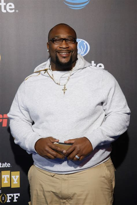 Marcus Spears - Marcus Spears Photos - Allstate Party at