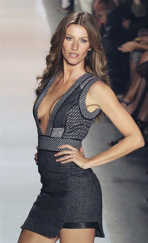 Why is Gisele Bundchen Worth $128,000 Per Day?