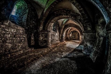 Photoshop 32 bit HDR editing – The Crypt | HDR One