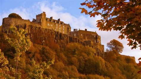 Highlands, Castles and Whisky by Train | McKinlay Kidd