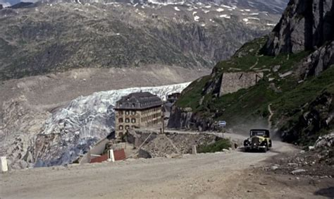 Goldfinger (1964) Filming Locations - The Movie District