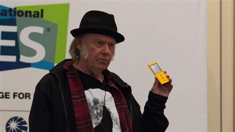 Neil Young is turning Pono into a high-res music streaming