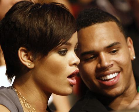 Turn Pictures: Rihanna Nasty Pictures