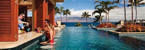10 Best Pools in Hawaii for Adults | TravelAge West